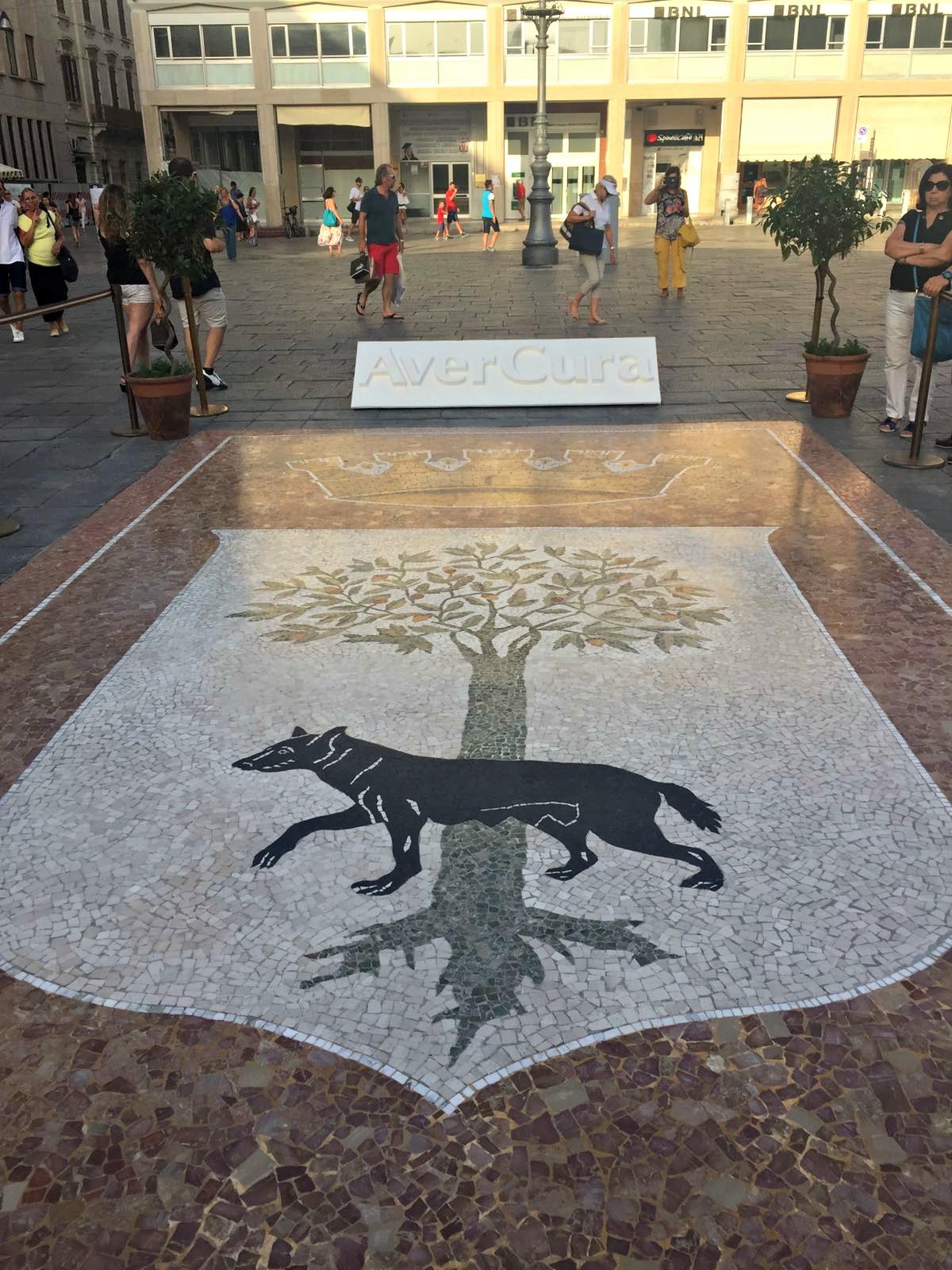 Il mosaico della Lupa in piazza Sant'Oronzo restaurato e restituito ai leccesi