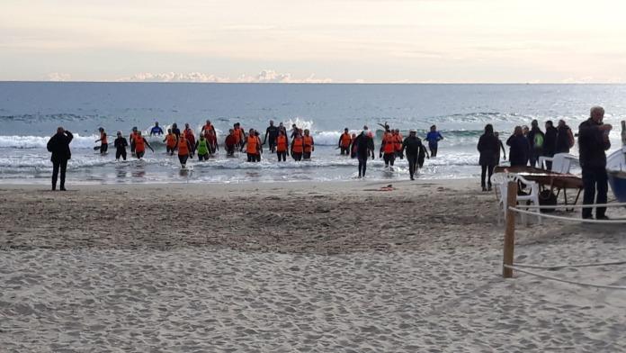"""Trekking acquatico nel mare di Laigueglia per una camminata """"longe-côte"""""""
