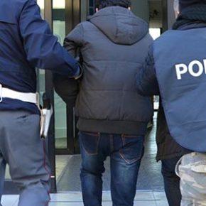 Non rispettano gli obblighi delle misure emesse nei loro confronti dall'A.G. –  Rintracciati a Verona dalla Polizia che li arresta.