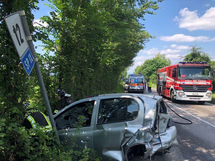 Bassa, tamponamento tra quattro auto: sono tre i feriti