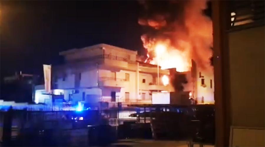 Matera, Giordano (Ugl) su pauroso incendio che devasta azienda Raro