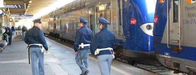 Milano, treno investe e uccide un 15enne
