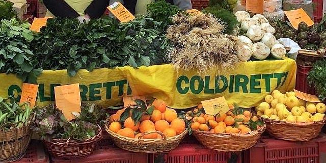 Campagna Amica a Cosenza: in Piazza Matteotti il mercato degli agricoltori