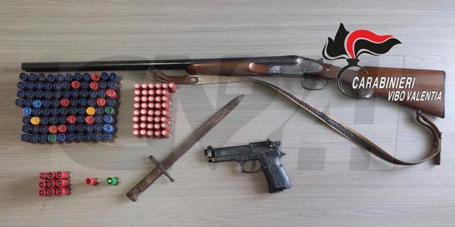 Armi e munizioni rinvenute nel vibonese: un arresto e una denuncia